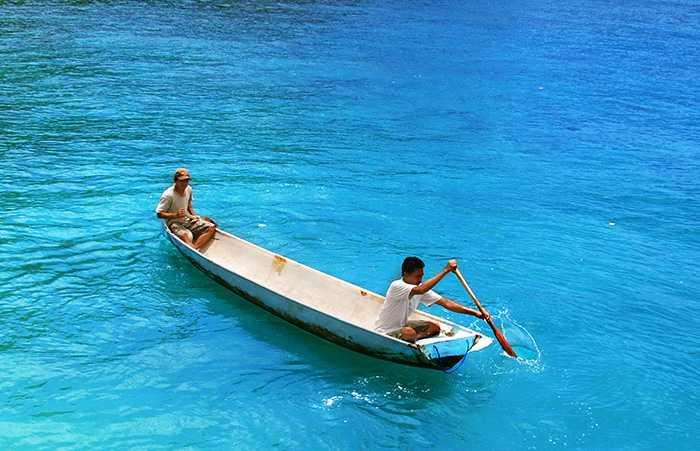 Nusa Penida Tour – Bali Tour - crystal bay nusa penida boat