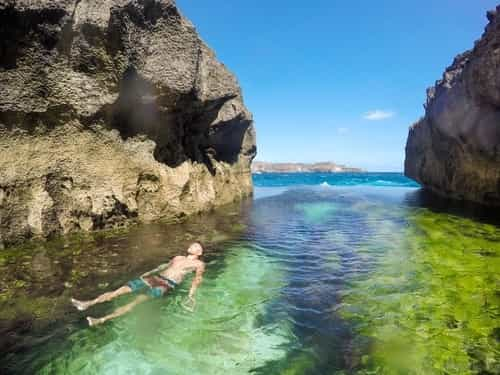Nusa Penida Tour - berenang Angel's Billabong Nusa Penida